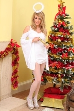 Sexy Jodie Piper our Christmas Angel - 01