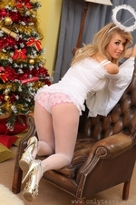 Sexy Jodie Piper our Christmas Angel - 10