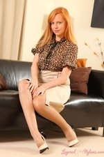 Stunning Redhead Monika The Layered Nylon Secretary - Picture 2