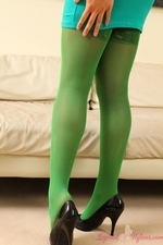 Charli Delu Green Pantyhose Tight Dress Heels Striptease Perky Tits - Picture 2