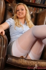 Bubbly Hollie In The Library Flashing Her Layered Nylons - Picture 4