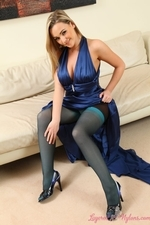 Jodie looks amazing in stockings and pantyhose layered together | 19 November 2013