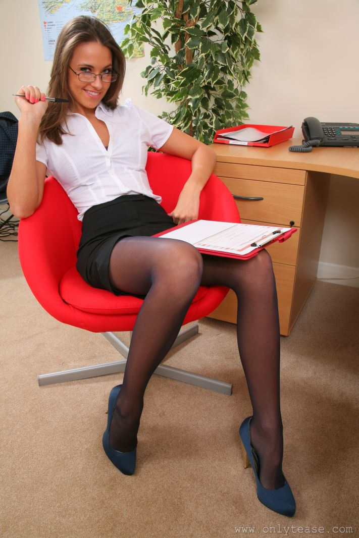 hot office chicks