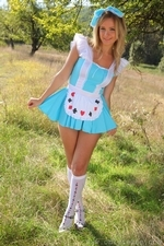 Elle Richie Will Be Many Peoples Queen Of Hearts In This Outfit With Knee Socks - Picture 4