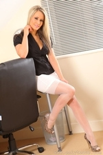 Busty secretary Candice in sexy stockings - 04