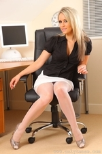 Busty secretary Candice in sexy stockings - 05