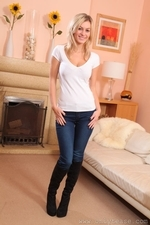 Stunning blonde Summer in very tight jeans - 01