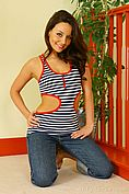Carla In A Revealing Tight Top And Jeans. - Picture 5