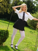 Beautiful College Girl Elle Richie Feels Too Hot And Slips Out Of Her Uniform - Picture 1