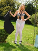 Beautiful College Girl Elle Richie Feels Too Hot And Slips Out Of Her Uniform - Picture 13