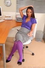 Sexy And Smily Anna Maria In Purple Opaque Pantyhose - Picture 3