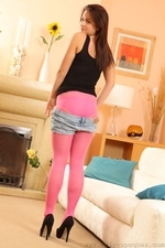 Robyn H Looks Stunning In Bright Pink Pantyhose And Denim Shorts - Picture 12