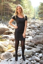 Gorgeous Elle Richie In Lbd With Black Opaque Stockings - Picture 1