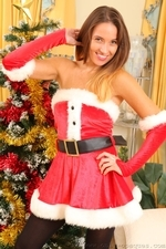 Busty Sammie Pennington The Sexy Santa In Stockings - Picture 3