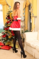 Busty Sammie Pennington The Sexy Santa In Stockings - Picture 5
