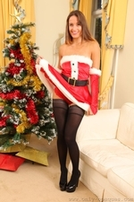 Busty Sammie Pennington The Sexy Santa In Stockings - Picture 7
