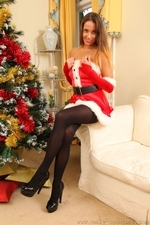 Busty Sammie Pennington The Sexy Santa In Stockings - Picture 8