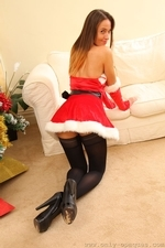 Busty Sammie Pennington The Sexy Santa In Stockings - Picture 12