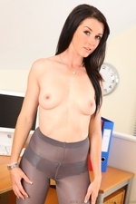 Sarah Looking Perfect In Tight Mini Dress - Picture 14