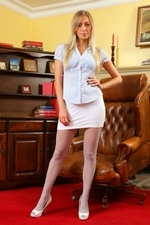 Hayley Marie Looks Sensational In Her Tight Blouse White Miniskirt And Matching High Heels - Picture 1