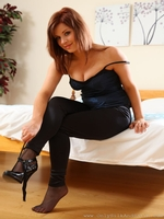 Beautiful Redhead Jocelyn Kay Dressed In Sexy Clubbing Clothes High Heels And Sheer Hosiery - Picture 5