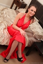Siobhan Murray Posing In Silk Dress And Pantyhose - Picture 4