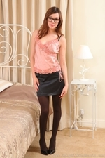 Amazing Jo E In Specs And Pantyhose - Picture 1